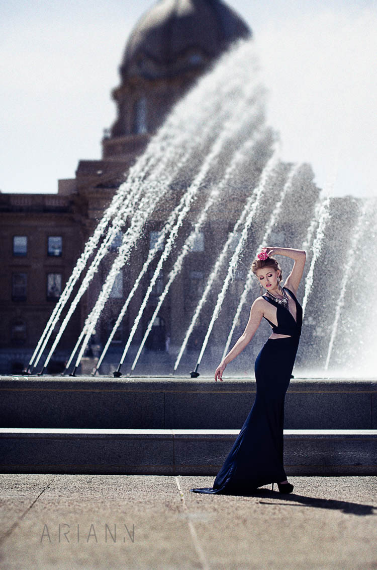 photography in front of a fountain