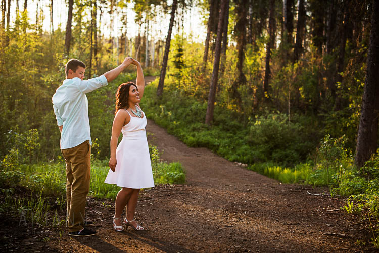 dancing-couple-during-photosession